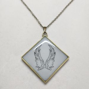 Necklace Bronze Tone w/ Angel Wings